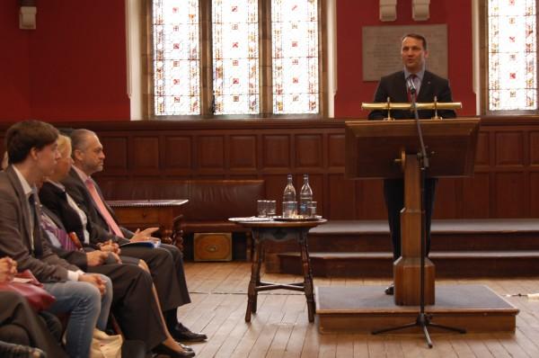 Minister mówił o wyborach do PE, sytuacji na Ukrainie i... życiu studenckim za jego czasów na Oxfordzie / fot. Magdalena Grzymkowska